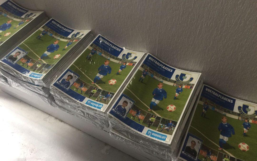S.V. Loosduinen voetbalplaatjes zes weken lang bij Hoogvliet Supermarkt in Kraayenstein