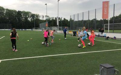 Open training meisjes van 8 – 11 jaar bij S.V. Loosduinen